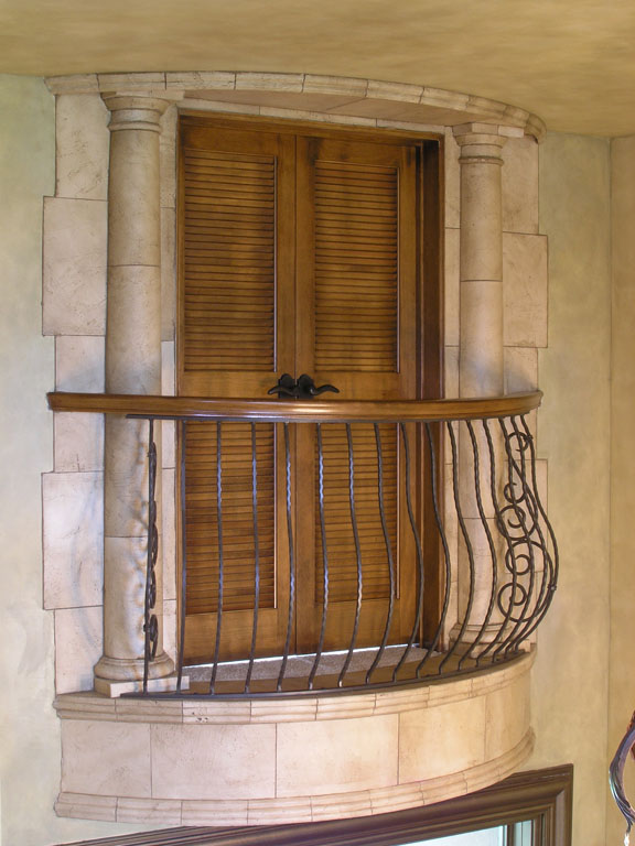 Faux Stone Column Balcony_1