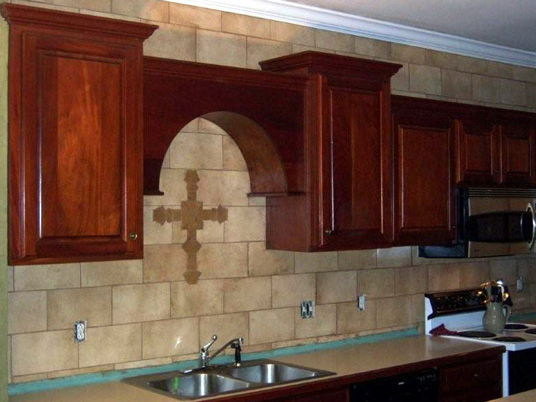Kitchen Backsplash Remodel Faux Stone_1
